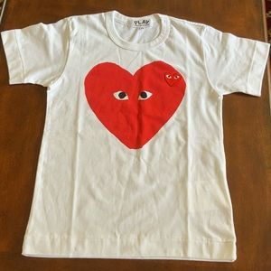 NEW COMME DES GARCONS PLAY Big Heart Graphic Tee
